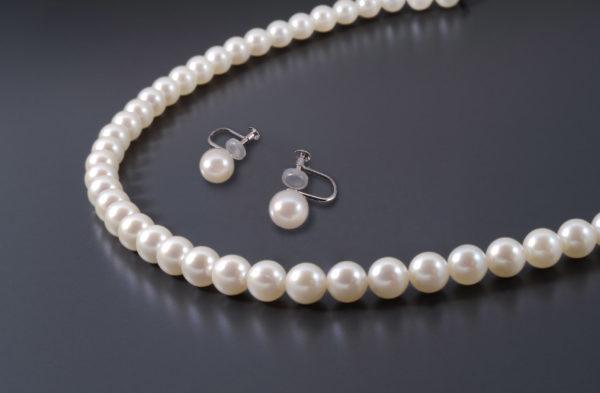 アコヤ養殖真珠ネックレス、イヤリング